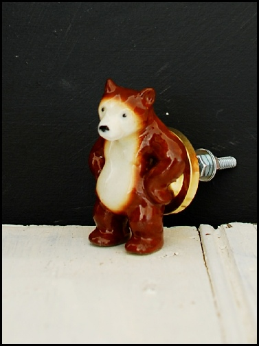 bear, cupboard, knob, ceramic, door